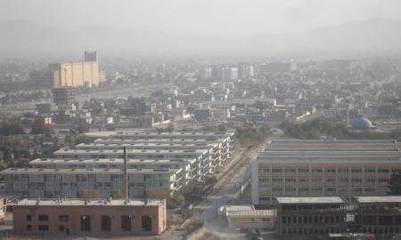 Smog na Kabulem. Fot. PRDkand na licencji GFDL